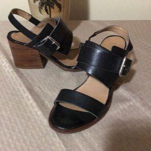 Kenneth Cole block heel sandal.